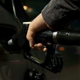 Cómo hacer que tu carro contamine menos